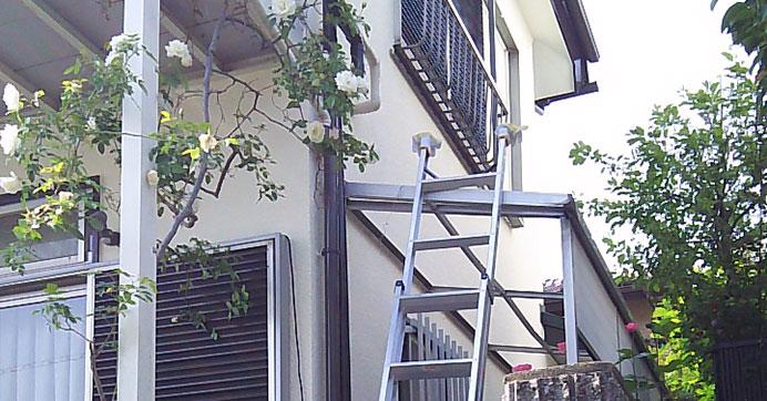 大阪市港区 ベランダの水道配管の修理